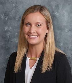 Kristine Lustig professional headshot.