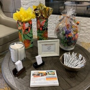 Table display at Avenida Cool Springs event.